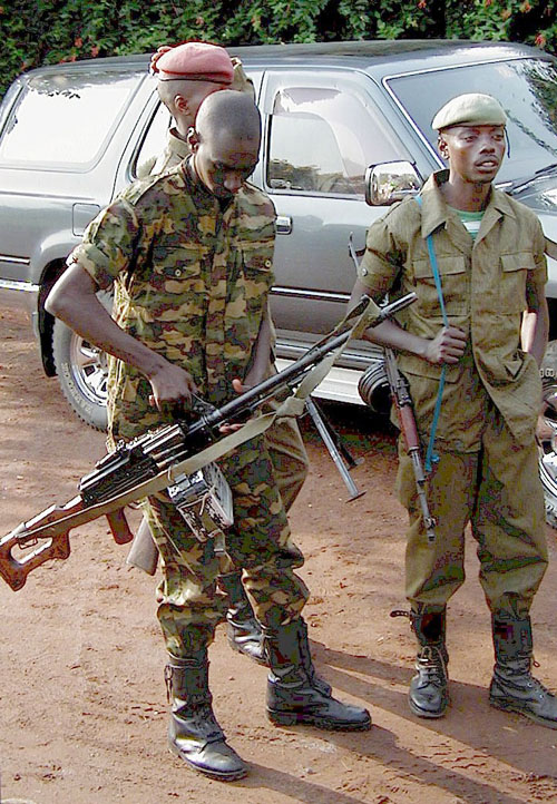 Congolese soldiers with automatic weapons